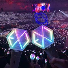 Lightstick Exo, Exo Do, Chanyeol, Bts Twice, Exo Concert, Blackpink And Bts, Kpop Merch, Kpop Aesthetic, Wallpaper