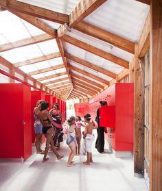 Théâtre d'eau Swimming Pool / fumel / F / LOG architectes