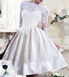 Vestido de noiva curto m/ renda corpo tcido e renda saia rodada p m g frete grátis