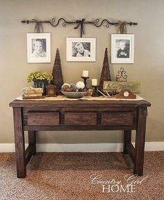 I love the pictures on the rod...would look really cute over my rustic entertainment center