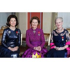 The Three Scandinavian Queens  Queen Silvia of Sweden,  Queen Sonja of Norway and Queen Margrethe II of Denmark official photo for the Silver jubilee of king Harald V of Norway