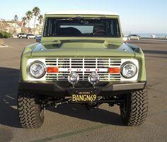 :: '69 Bronco ::