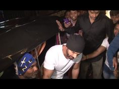 John Abraham spotted in an AutoRickshaw, Fans go crazy. See the full video at : https://youtu.be/C5G5AqlOWJQ #johnabraham #bollywoodnewsvilla