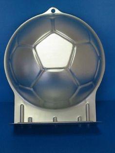 Sőregi tortadekor - Sütőforma - Focilabda 22,5cm Soccer Ball, Sports, Hs Sports, European Football, Sport, Futbol, Football