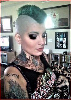 Girl Mohawk, Punk Mohawk, Short Mohawk, Mohawk Hairstyles, Wild Hairstyles, Short Hair Cuts, Short Hair Styles, Forced Haircut, Female Mohawk