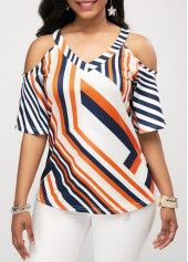 Stylish Tops For Girls, Trendy Tops, Trendy Fashion Tops, Trendy Tops For Women Trendy Tops For Women, Blouses For Women, Blouse Styles, Blouse Designs, Vetement Fashion, Casual Skirt Outfits, Summer Outfits, Cold Shoulder Blouse, Shoulder Tops