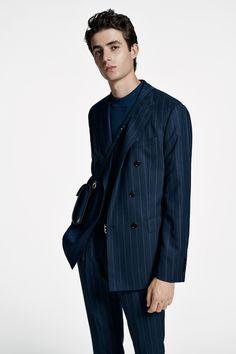 The BOSS Menswear Spring/Summer 2020 collection Hugo Boss Man, Suit Fashion, Modern Man, Knitwear, Menswear, Spring Summer, Suits, Coat, Jackets