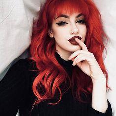 Red Curly Wig, Red Wigs, Red Orange Hair, Orange Hair Colors, Burgundy Hair, Green Wig, Natural Wigs, Wigs With Bangs, Red Hair With Bangs
