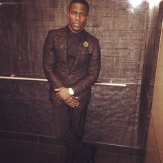 Kevin Hart wears Lanvin Suit at 2014 Grammy Awards | UpscaleHype