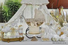 gorgeous, classy baby shower pictures and ideas | An Vintage Themed Baby Shower by Candy Queen as told by Candy Queen: