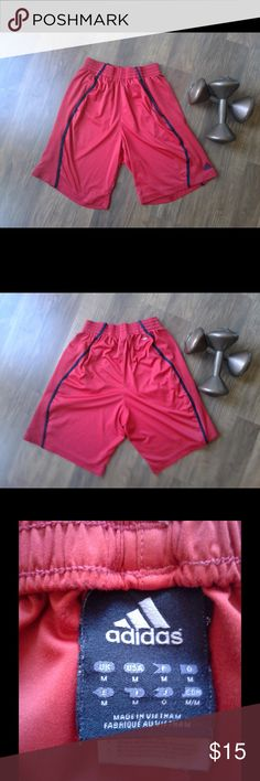 👀 Men's Adidas Basketball Athletic Shorts Men's basketball athletic shorts. Pockets on both sides. Size Medium. No Damage. 🙂 TY for looking! **Don't have an account? Use code GYGCH & get $5 FREE to use ANYWHERE on Poshmark! 🤑 Get Your Good Coin Honey (GYGCH) & happy shopping! Adidas Shorts Athletic