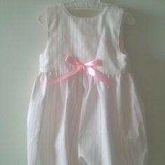 Cueiro de perna riscas cor de rosa - Leg diaper with pink stripes