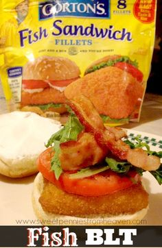 I would have NEVER thought about making a BLT Fish Sandwich, but this was amazing! Quick and easy, different, and the whole family LOVED them! Po Boy Sandwich, Fish Sandwich, Country Bumpkin, Wicked Good, Healthy Eats, Awesome, Amazing, Dinner Ideas, Seafood