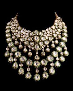 Vogue Bridal Jewelery Report Polki diamonds and enamel set in gold necklace by Diamantina India Jewelry, Kids Jewelry, Jewelry Sets, Jewelry Stand, Jewellery Uk, Jewelry Holder, Jewelry Accessories, Antique Jewellery, Wedding Accessories