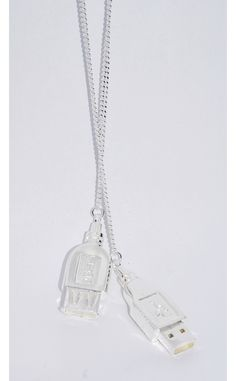 Defy Mafia Silver Plated Necklace with USB Detail Clasp Mafia, Dog Tag Necklace, Silver Plate, Silver Jewelry, Plating, Women Jewelry, Usb, Detail, Silverware Tray