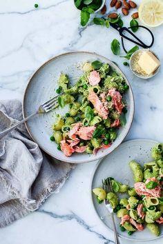 salmon pesto pasta -