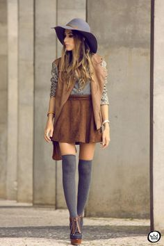 Stylish Inspirational Fall Fashion Combinations With Skirts                                                                                                                                                     More