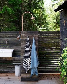 my scandinavian home: A Charming and Relaxed Swedish Summer Cabin By The Sea Outdoor Spaces, Outdoor Living, Swedish Cottage, Popular Holiday Destinations, Outdoor Bathrooms, Outdoor Baths, Outdoor Showers, Summer Cabins, Rustic Bench
