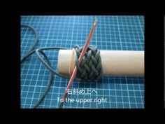 How to tie a paracord gaucho knot 11 bight buntline hitch Gaucho, Paracord Knots, Paracord Bracelets, Overhand Knot, The Knot, Sewing Courses, Easy Stitch, Paracord Projects, Clothing Hacks