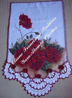 ᙅ〇ᗰᑭᗩᖇ♈ᓮᒪᕼᗩᘉᗪ〇   : Panos de prato com croche Embroidery Patterns, Crochet Patterns, Mosaic Vase, Crochet Kitchen, Crochet Borders, Arte Floral, Yarn Needle, Crochet Crafts, Diy And Crafts