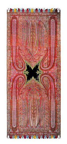 Kashmir shawl, circa 1835, Pashmina wool, 137 x 300 cm (4'6″ x 9′ 10″). Indian Textiles: The Karun Thakar Collection, Prestel