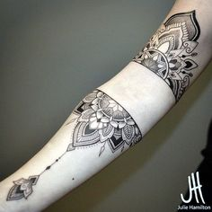Geometric Tattoos Designs and Ideas (5)