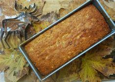 זאת עוגה שבדית שהיא מאוד טעימה ישר מהתנור, עם ריח וטעם לימוני עשיר. אבל מה שמיוחד בעוגה הזאת כי היא נשארת לחה וטעימה בטמפרטורת החדר גם אחרי ימים רבים. יש בה הרבה חמאה וסוכר ושקדים ששומרים עליה טעימה ורכה לאורך זמן רב. זאת עוגה המתאימה בול לבתי קפה או לבתים שיש בהם תמיד תנועה ומקום לעוגה על השיש. היא יכולה לעמוד על השולחן ימים רבים ותישאר רכה ועסיסית וכל מי שעובר יפרוס לעצמו פרוסה וימשיך לדרכו. אין צורך לשים בכלי אטום או במקרר.