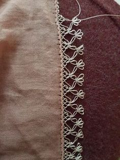 This Pin was discovered by Emi Needle Lace, Needle And Thread, Crochet Projects, Sewing Projects, Passementerie, Tatting, Embroidery Designs, Needlework, Diy And Crafts