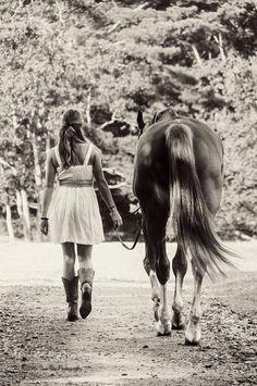 I had a couple horses as a young girl, and we had sooooooooo much FUN!!