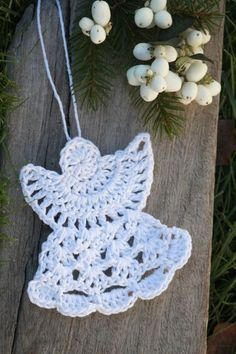 Little handmade angel :) Crochet Christmas Decorations, Christmas Crochet Patterns, Holiday Crochet, Christmas Knitting, Christmas Crafts, Crochet Angel Pattern, Crochet Angels, Cute Crochet, Knit Crochet