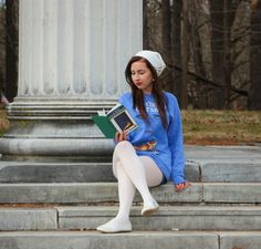 Great Gatsby sweatshirt paired with jean shorts, white tights and white flats. Reading The Great Gatsby near the Princeton Battlefield. Nylons, Pantyhose Outfits, Tights Outfit, Pantyhose Fashion, Fashion Tights, White Tights, Opaque Tights, White Flats, Wool Tights