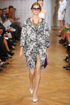 Nina Ricci at Paris Fashion Week Spring 2012 - Runway Photos