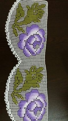 Dantel Filet Crochet Charts, Crochet Borders, Crochet Curtains, Crochet Doilies, Crochet Designs, Crochet Patterns, Sewing Lace, Bargello, Loom Beading