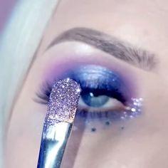 spyonmyeye West End Eyelashes eyeshadowinspiration beautifullook Softeyeshadow WinterEyeLook FalseLashes PurpleEyeshadow LondonCopyright LondonCopyrightCosmetics VeganMakeup CrueltyFreeBrand Makeup Eye Looks, Cute Makeup, Beauty Makeup, Prom Makeup, Wedding Makeup, Makeup Tips, Glitter Makeup Looks, Hair Beauty, Purple Eyeshadow