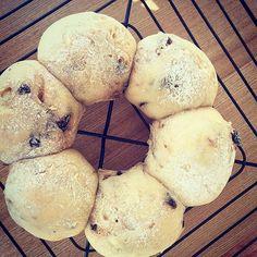 Fluffy Figs & Walnuts Bread _ イチジクとクルミのふわふわパン #homemadebread #figs #walnuts #healthy #fluffy #catering #tokyo #downtoearthfs #パン#イチジク#ケータリング#くるみ #東京 #ふわふわ