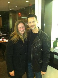Sigh, I want a pic with Dave too lol