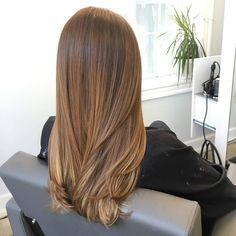 Ein Traum in -Braun! #OLAPLEX gibt dabei Farbe & Haar besondere Kraft. Sweet! ;-)