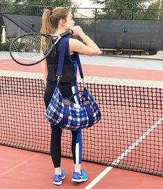 How are you getting that work out in today? Love this little tennis-ready look via @a_triple_shot_of_e . . . . . #hfbloggers #htxbloggerbabe #texasblogger #fashionblogger #styleblogger #teenblogger #teenfashion #fashion #lookbook #stylediaries #style #styleinspiration #aboutalook #wiw #ootd #ootdmagazine #ootdfashion #bloggerspotted #stylemaven #athleisurelychic #ThriveLovesBloggers #tennis #nike #influencermarketing #influencers #sloaneranger #sloanestyle #instaprep #preppystyle #instastyle