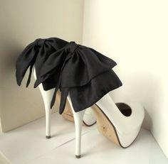 Oversized Satin Bow Shoe Clips - set of 2 - Bridal Shoe Clips, Wedding shoe clips large double bows, white, ivory, plum, black