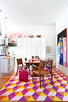 white-kitchen-colourful-graphic-rug-artwork-pink-orange-apr13