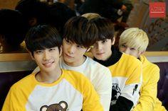 [23.12.15] Astro official Fancafe - MyungJun, MoonBin, EunWoo e JinJin