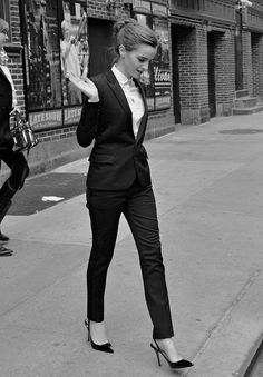 Suit with skinny trousers and sling backs