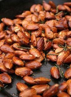Garlic, rosemary & chili almonds