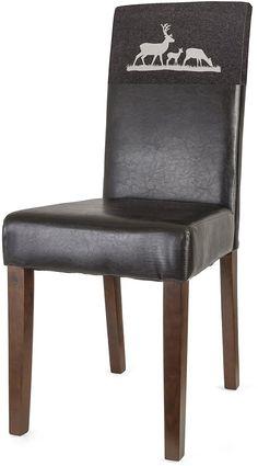 Die Stühle (2 Stück), aus FSC®-zertifizierter massiver Pinie, überzeugen durch die Geradlinigkeit und zeitlosem Design. Der Hochlehner ist bequem mit einem festgepolstertem Sitzkomfort und mit strapazierfähigem und pflegeleichtem Kunstleder bezogen. Die 2 mitgelieferten Hussen aus hochwertigen Filz sind beidseitig bedruckt und verschönern im Handumdrehen das Wohn- und Essambiente.    Maße:  Ges...