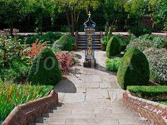 the queen's garden Forest Hills Gardens, Kew Gardens London, Dutch House, Nyc Real Estate, Garden On A Hill, Palace Garden, Queens New York, Royal Residence, West London