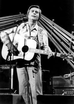Country legend George Jones dead at 81