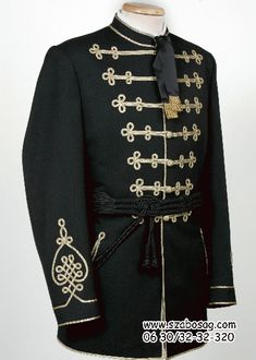 Wedding Dress Men, Passementerie, Couture, Festival Outfits, Military Fashion, Frogs, Paracord, Mens Suits, 1