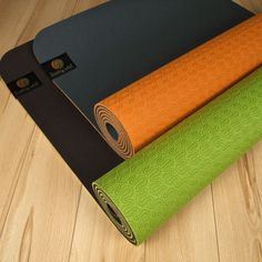 Dusky Leaf Yoga Mats in gorgeous Mandarin and Avocado. These eco-friendly TPE mats are great for those who like a little extra cushioning.