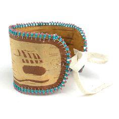 Image of Birchbark Cuff (Makwa) Native American Crafts, Native American Fashion, Birch Bark Crafts, Beading Projects, Wood Ideas, Beading Patterns, Beadwork, Quilling, Free Pattern