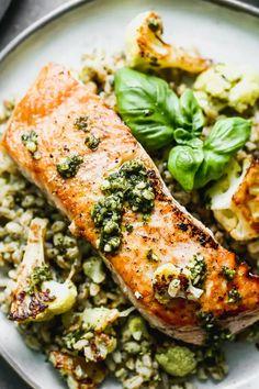 Salmon Recipes, Fish Recipes, Seafood Recipes, Dinner Recipes, Healthy Recipes, Healthy Meals, Vegetarian Recipes, Cooking Recipes, Gourmet